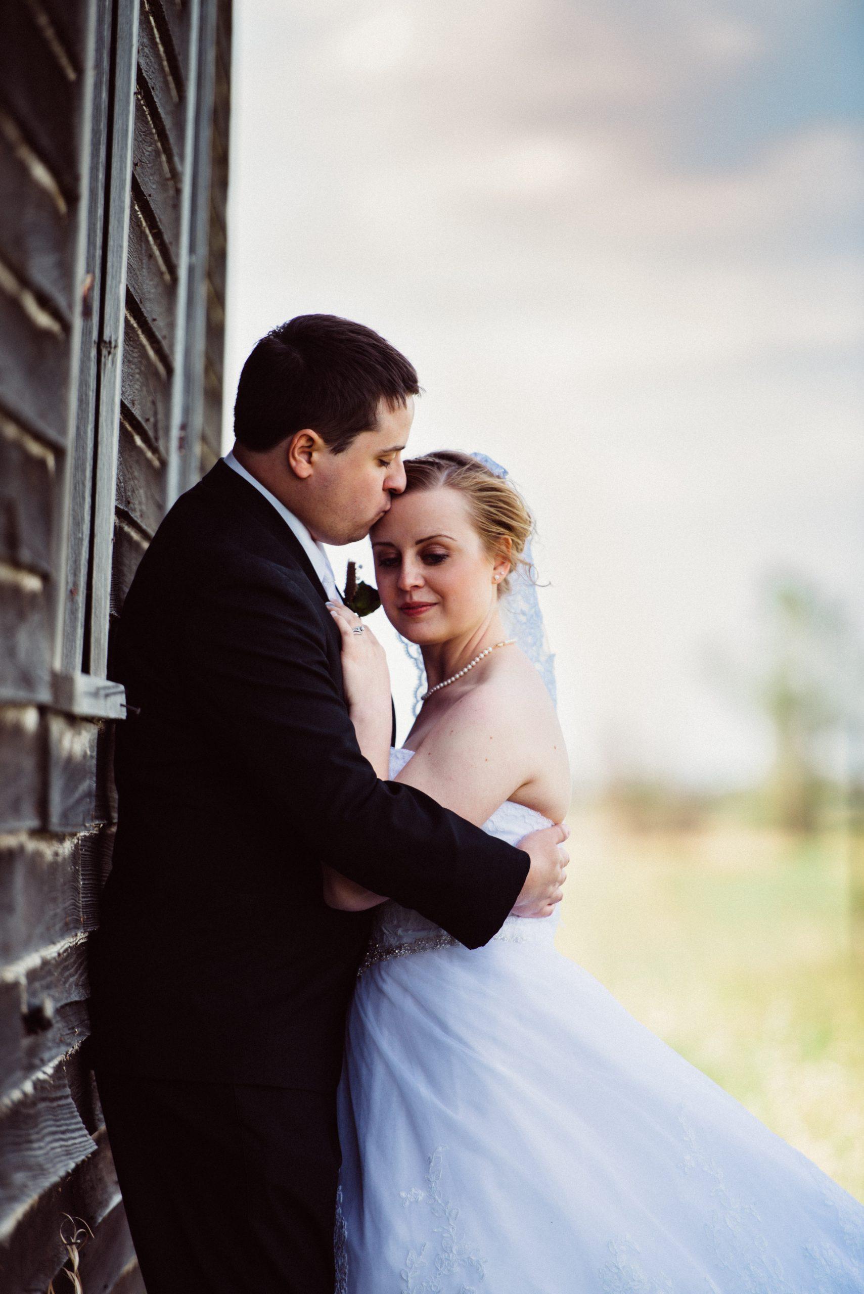 Montana wedding couple photo